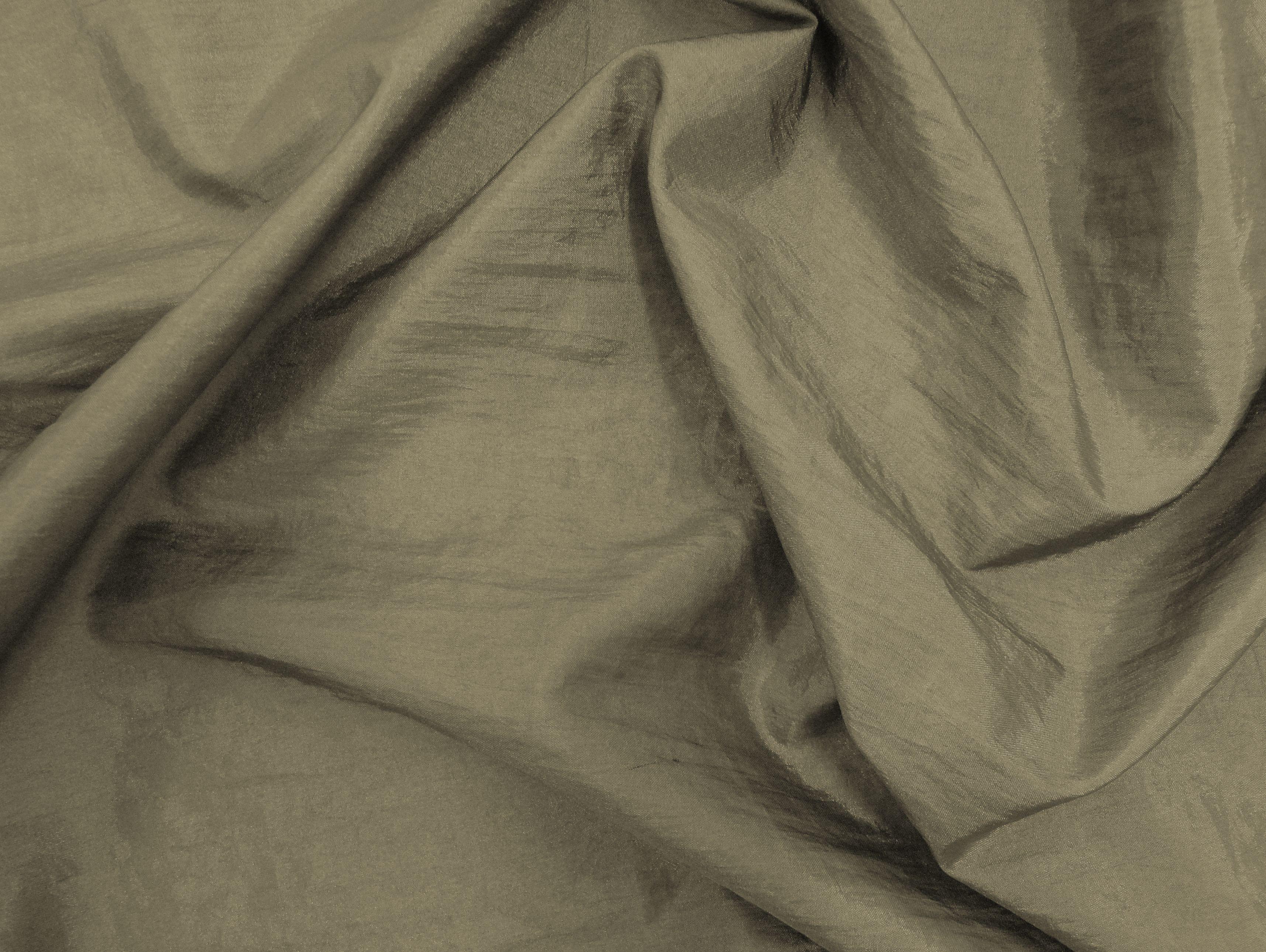 Hightech (Nozes). Tecido leve, com brilho acetinado, superfície com suave efeito de amassado. Ideal para looks festa.  Sugestão para confeccionar: vestidos de festa, saias, blusas, entre outros.