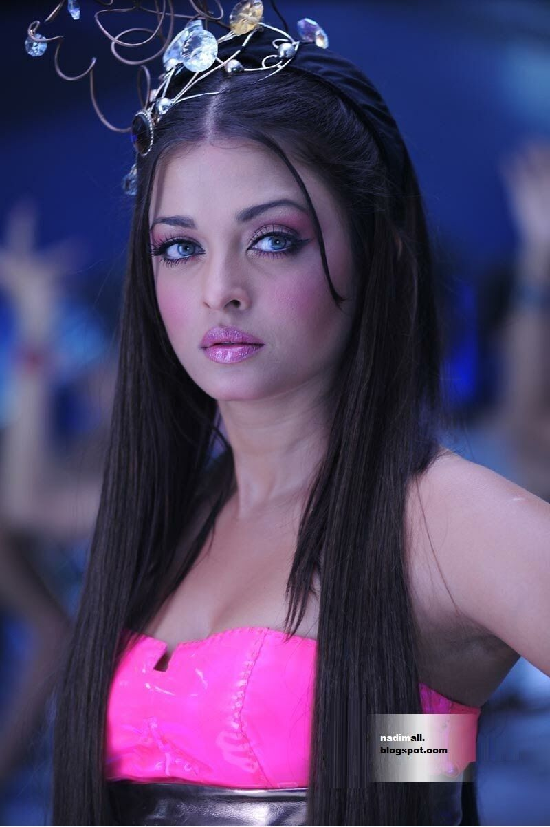 Enthiran Robot Is A Tamil Language Science Fiction Film Directed By S Shankar And Aishwarya Rai Bikini Beautiful Bollywood Actress Indian Bollywood Actress