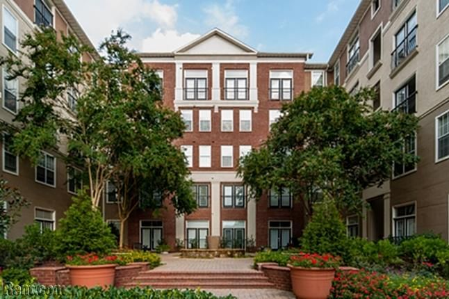 The London Luxury Apartment Homes In Atlanta Georgia