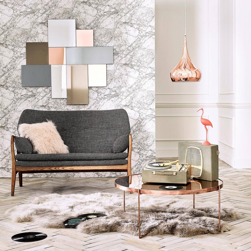 Table Basse Ronde Avec Miroir En Metal Cuivre Maisons Du Monde Home Affordable Furniture Decor