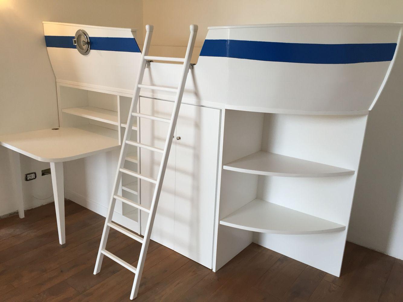 Libreria Scrivania A Scomparsa : Consegna e montaggio di un letto a forma di barca con libreria