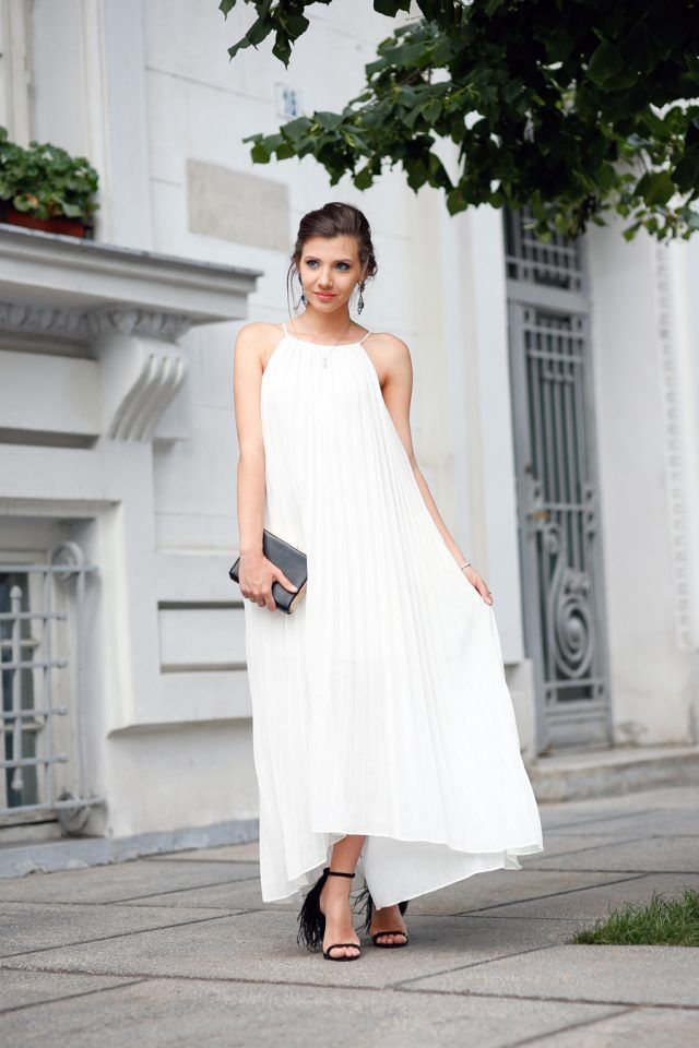 11 Ideas To Wear Your Pleated Dresses Pretty Designs Pleated Dress Dresses Fashion Clothes Women