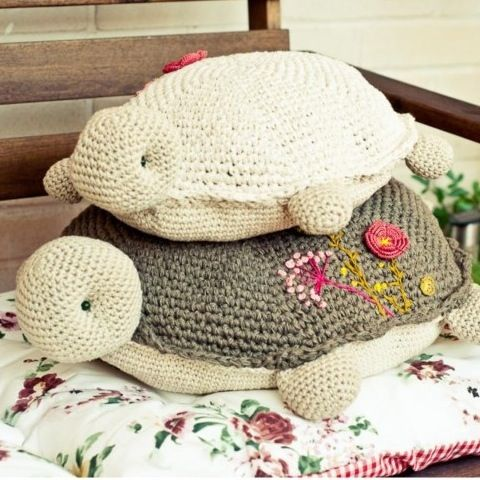 Patr n cojines tortuga animales del mar pinterest for Cojines a crochet