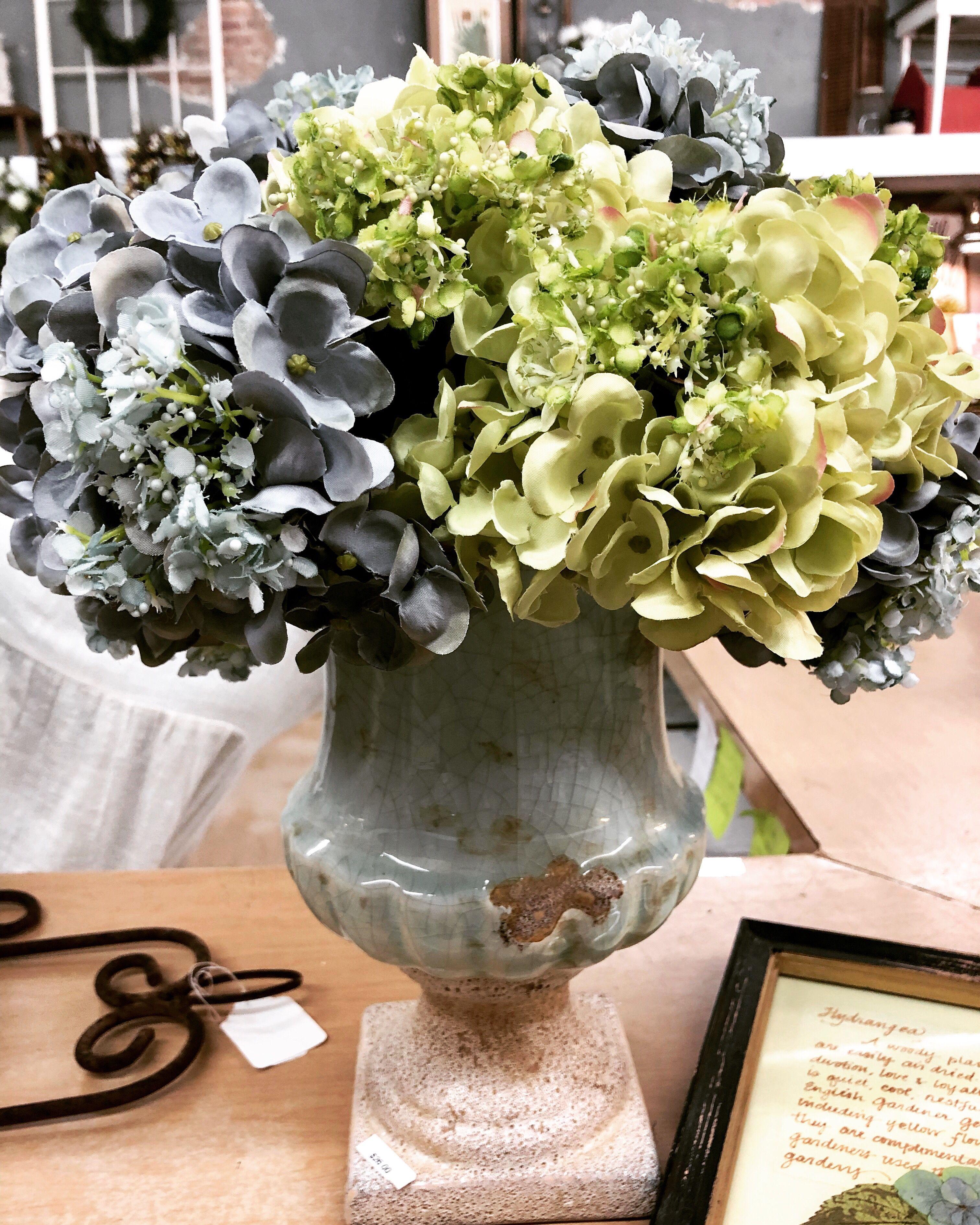 Amazon.com: Dalmarko Designs co147 Purple Hydrangeas in ... |Country Hydrangeas Vase