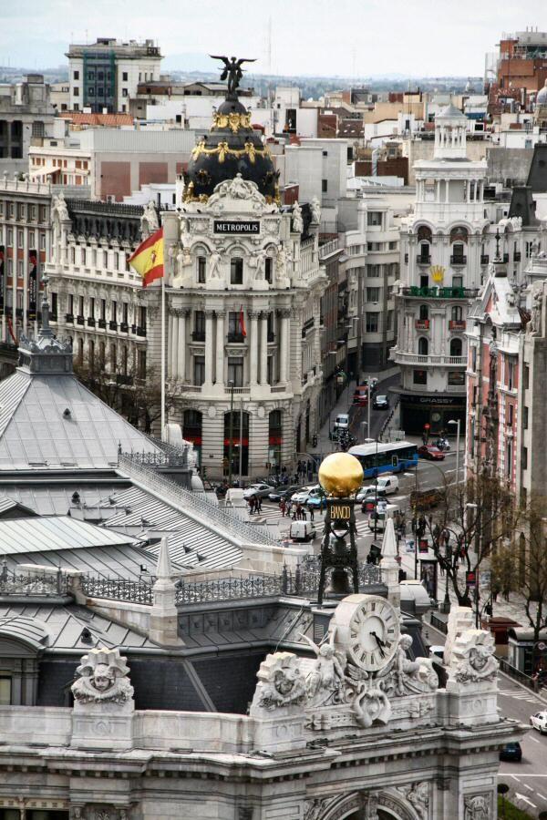 Edificio Metrópolis En Gran Vía Viajar A Madrid Madrid