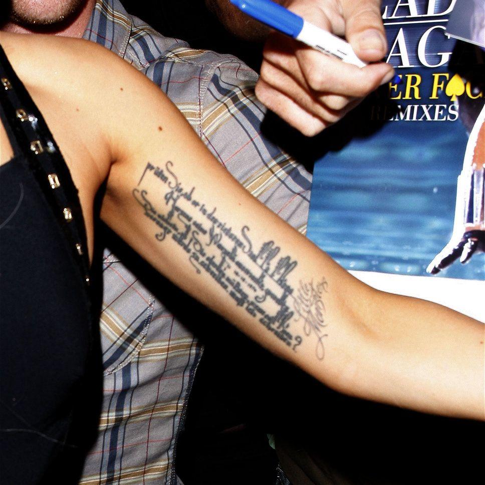 Tatuajes de Lady Gaga | Tatuaje de lady gaga, Lady gaga, Gaga