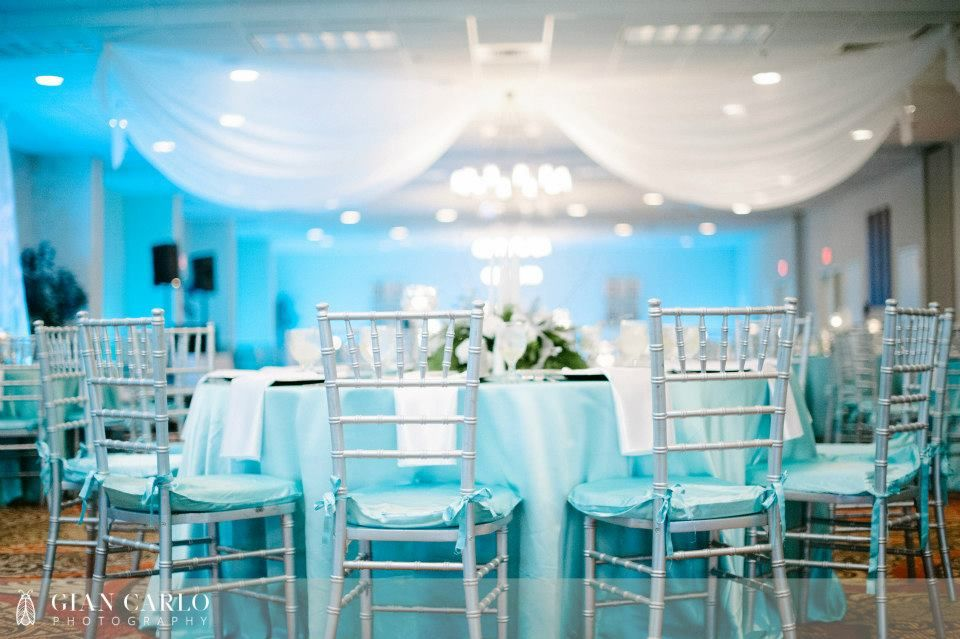 embassy suites altamonte springs wedding with tiffany blue. Black Bedroom Furniture Sets. Home Design Ideas