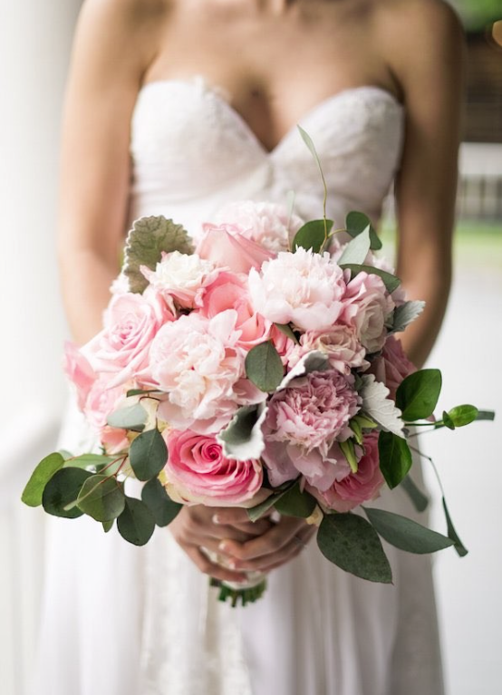 romantic chic wedding bouquet idea; photo: AJ Dunlap Photography