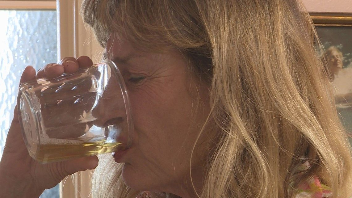Group in Boulder drinks their own pee for 'health benefits