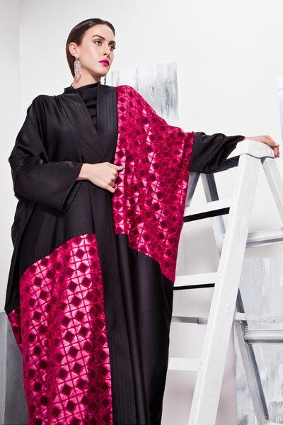 عبايات رمضان من غزلان لأناقة مستوحاة من سحر المرأة البدوية Muslim Fashion Outfits Abayas Fashion Batik Dress