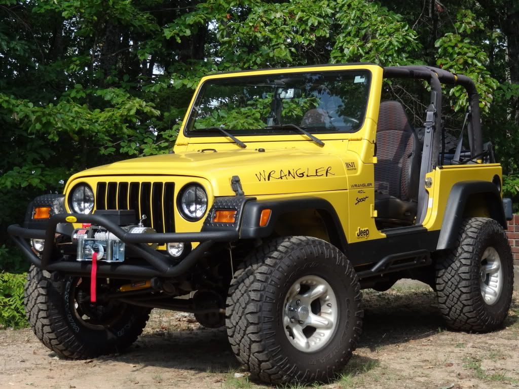 Blacked Out Grill And Headlight Rings Yellow Jeep Dream Cars