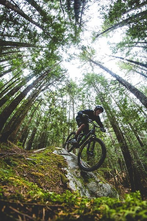 Enjoy mountain biking but need to find more fitness buddies to go with? The FitCliq app is free and helps you discover workout partners nearby who share your interests.
