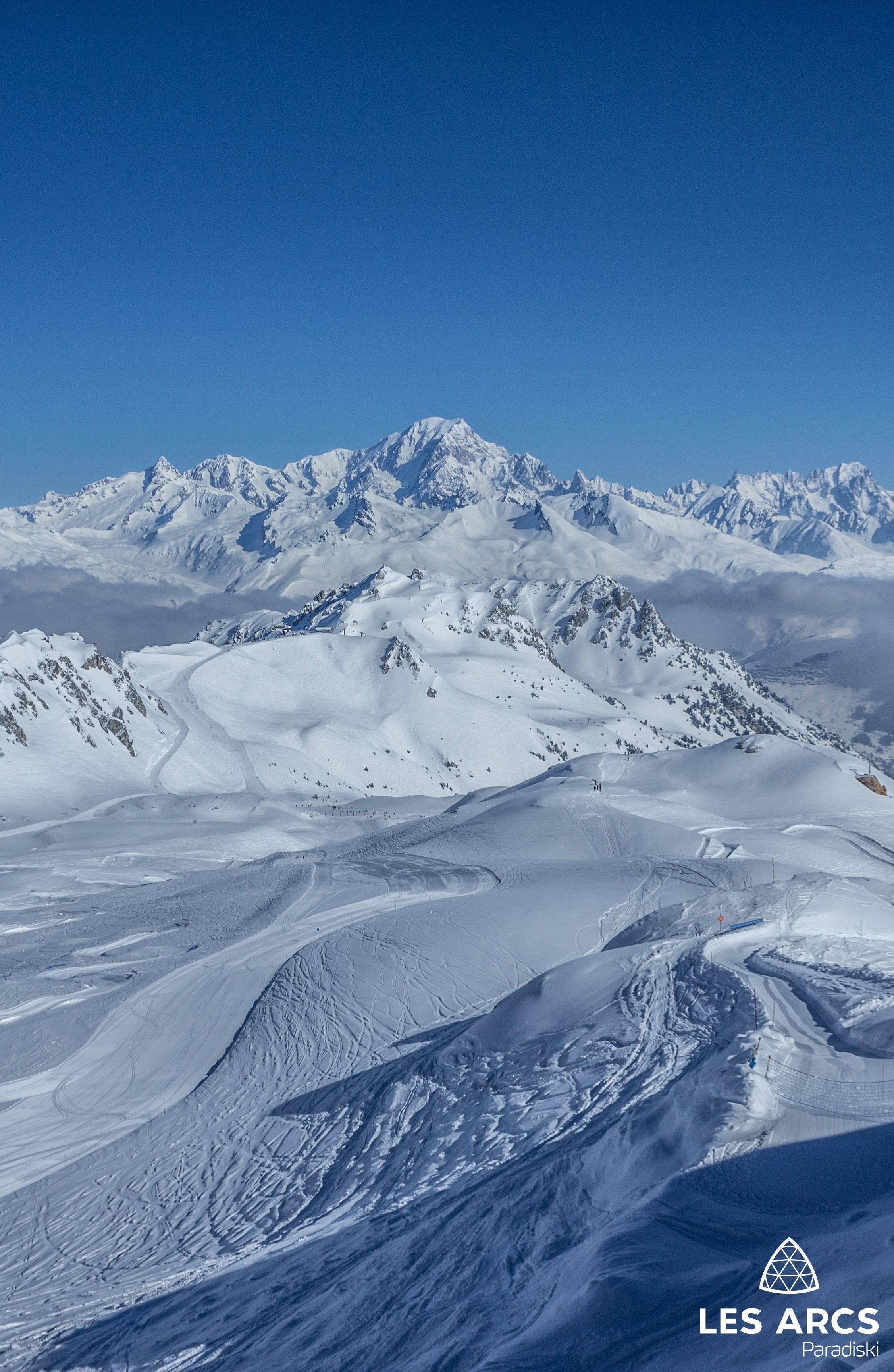 Skier Face Au Mont Blanc C Est Possible Aux Arcs Mountain Skiresort Station De Ski Fond Ecran Montagne Paysage Hiver