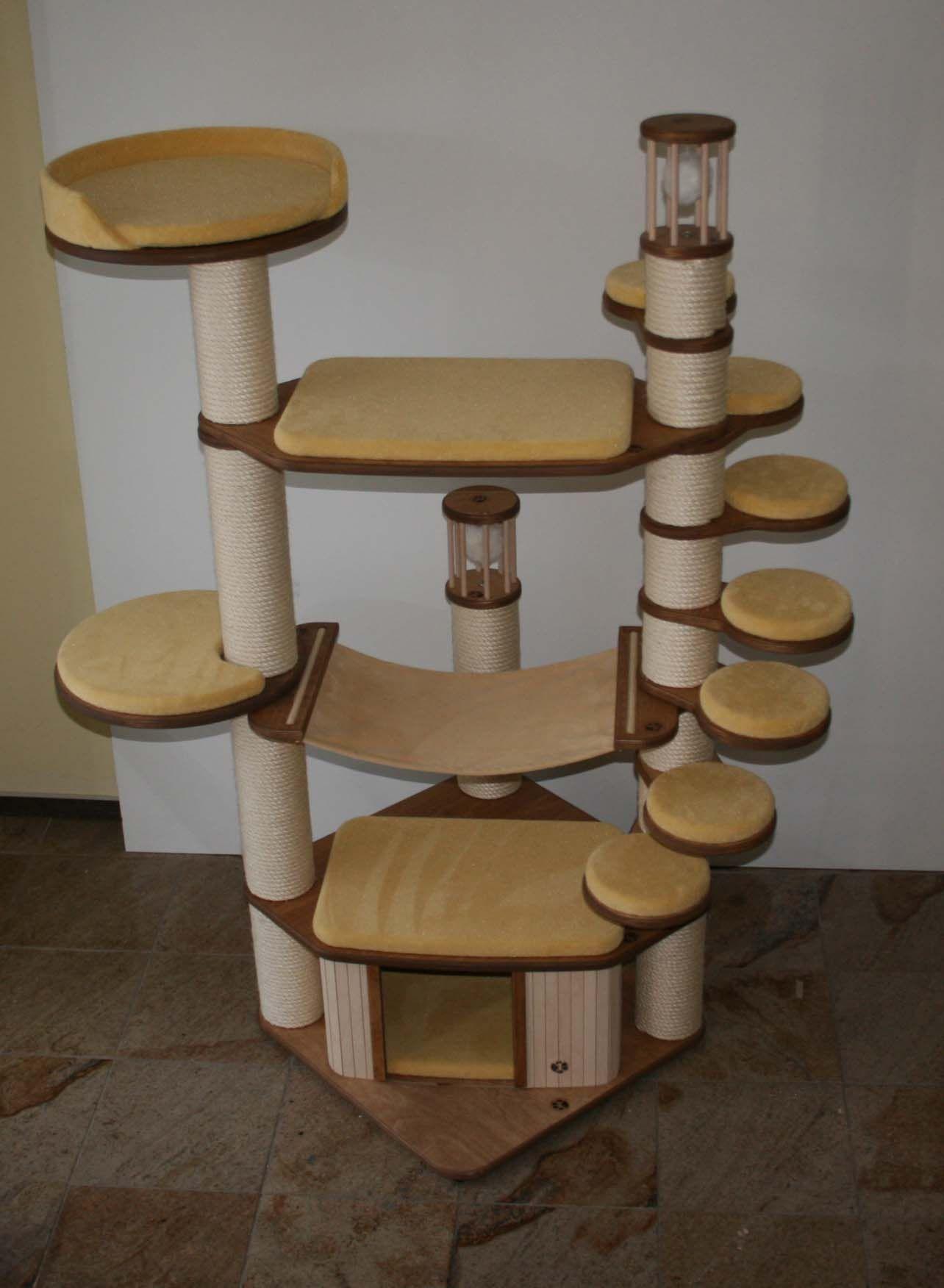 luxusobjekt kratzbaum die f nf teuersten kratzb ume. Black Bedroom Furniture Sets. Home Design Ideas