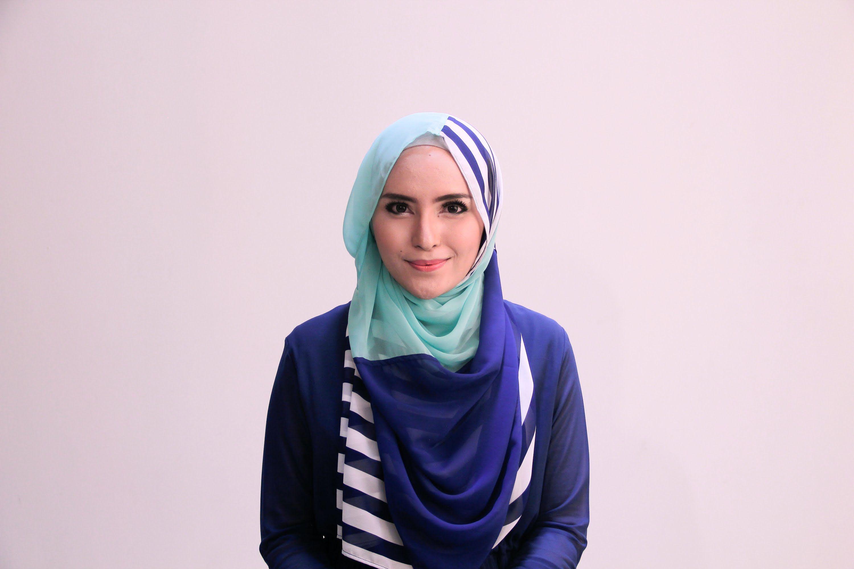 Tutorial Hijab Pashmina Zahratul Jannah