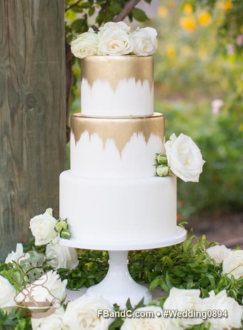 Design W 0894 Fondant Wedding Cake 10 8 6 Serves 75 White Fondant Cover Gold Painted Details Custom Quote Wedding Cakes Wedding Cake Bakers Cake