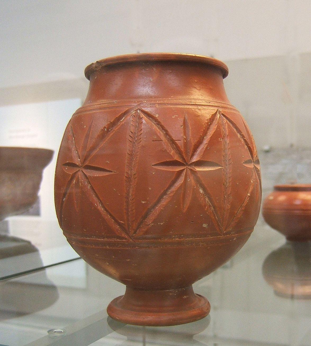 Terra sigillata wikipedia the free encyclopedia pottery roman pottery central gaulish samian jar ancient roman pottery wikipedia the free encyclopedia floridaeventfo Gallery