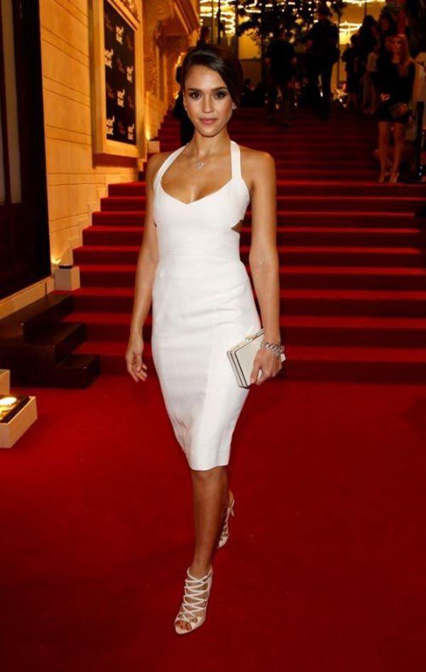 6639ffd7536 28 Beautiful girls in white tight dresses — Bajiroo.com