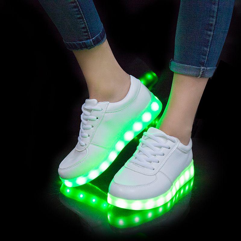 scarpe adidas luci