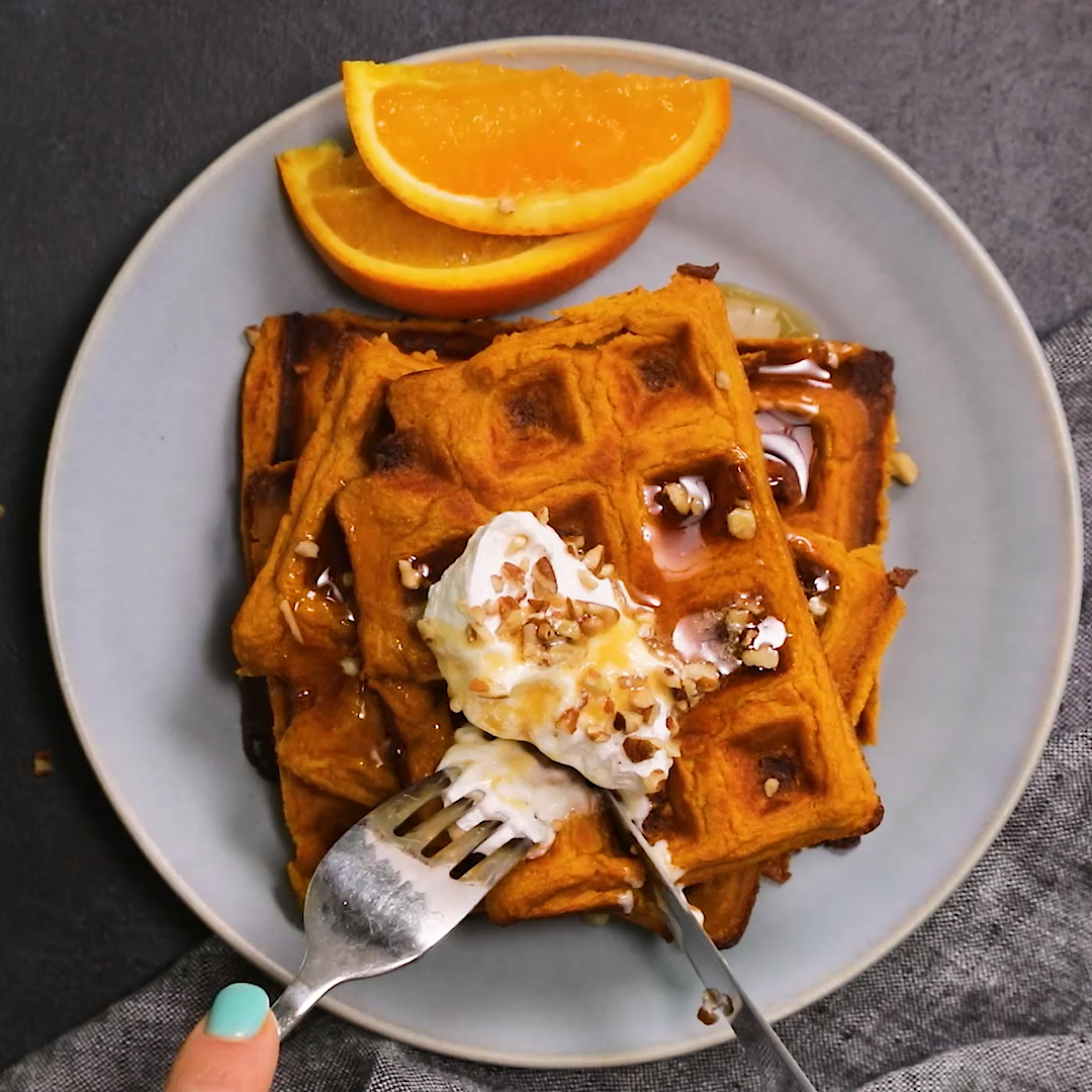 These sweet potato waffles are a simple low-carb breakfast idea. They are a great way to use up leftover sweet potatoes, and each waffle is only 80 calories | Low carb | Brunch | Breakfast | Sweet Potatoes | Fall | Leftovers | Waffles | #sweetpotatowaffles #waffles #lowcarbwaffles #feelgoodfoodie #foodvideo #recipevideo