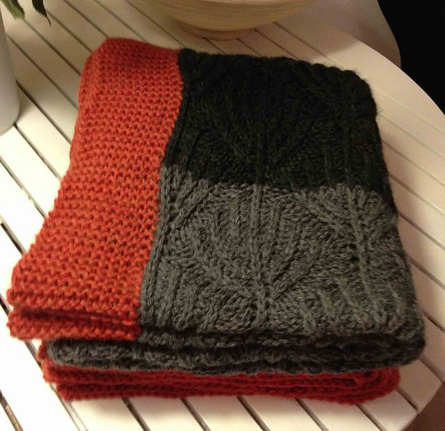 Ravelry: ByAnn's Babytæppe med viftemønster - Fan Stitch Blanket. Design by Jacqueline van Dillen