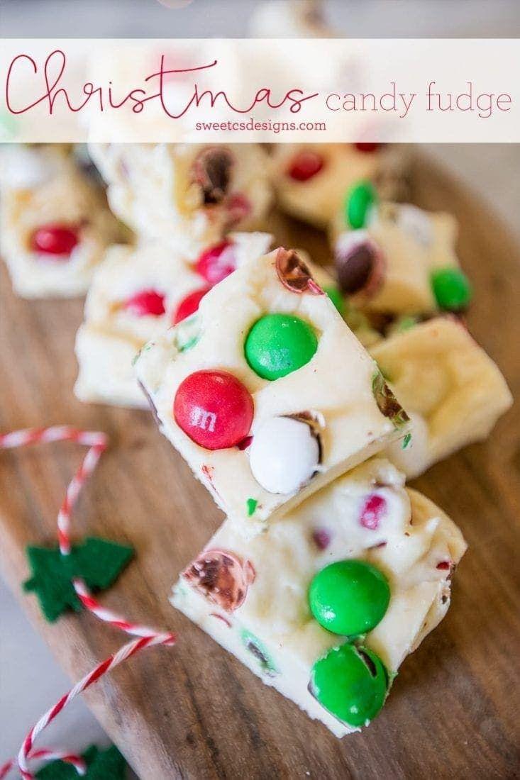Christmas Candy Cookie Dough Fudge - Neighbor Gift #cookiedoughfudge