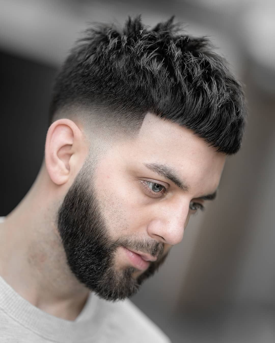 Pin By Mensfashion Vip On Hair Styles In 2020 Men Haircut Styles Haircuts For Men Mens Haircuts Fade