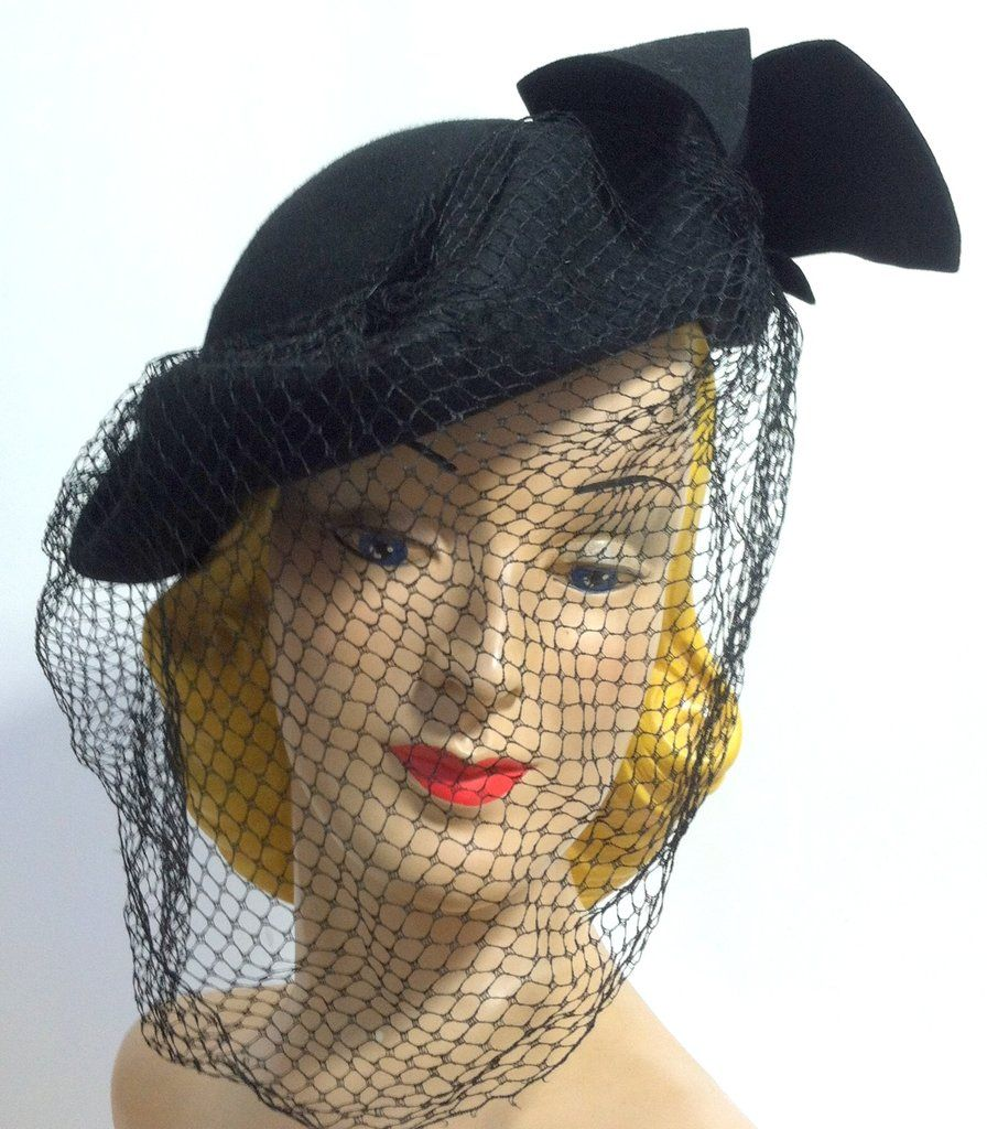 Noir Queen Black Felted Wool Sculpted Hat w/ Bows and Veil circa 1940s Dorothea's Closet Vintage Hat
