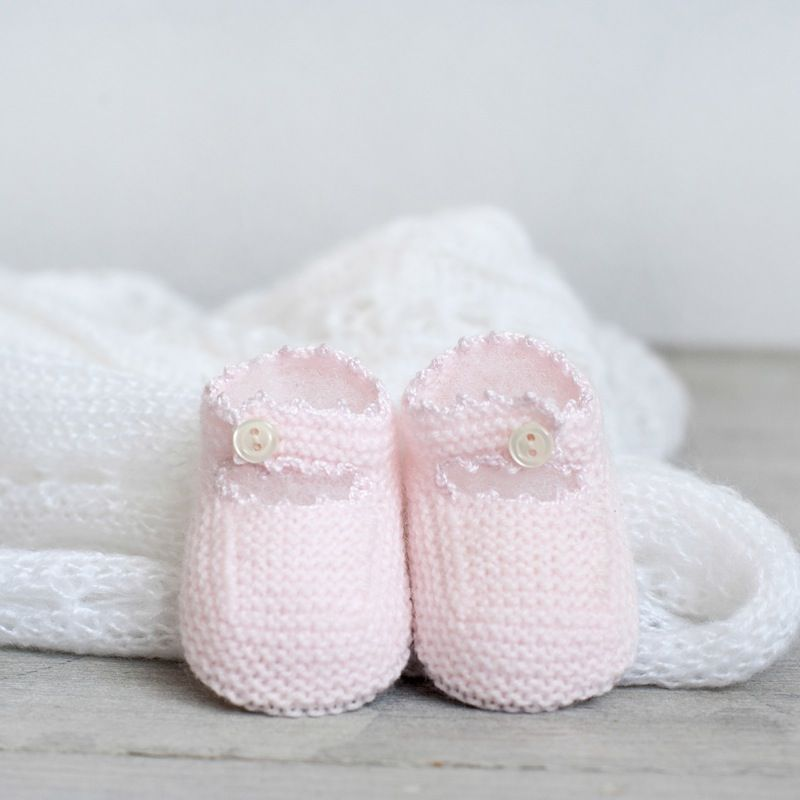Merceditas con lazo | bebe | Pinterest | Baby, Baby knitting y Baby ...