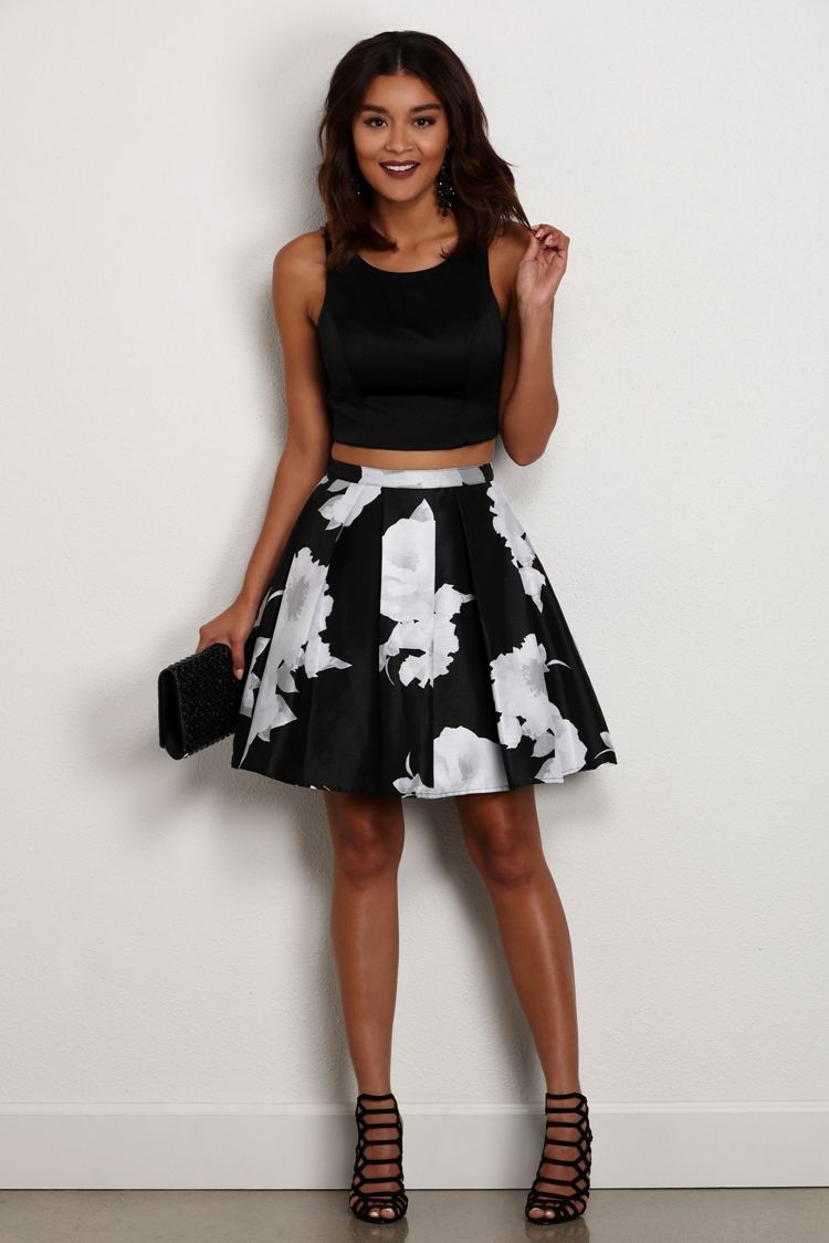 Annalise black floral two piece large white neckline and layering
