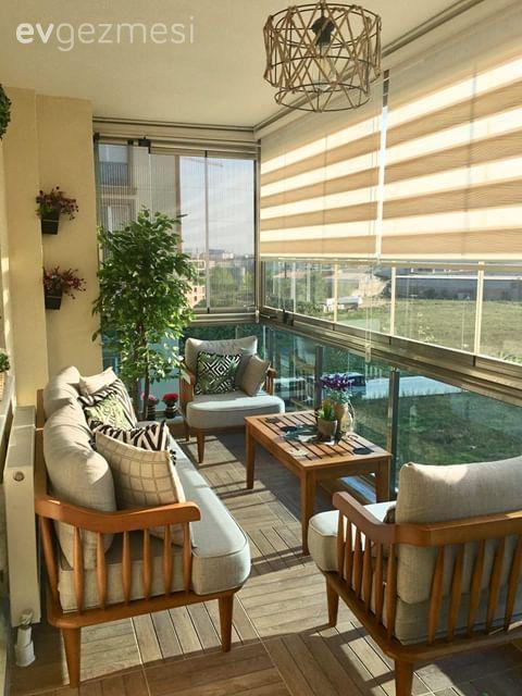 Ev Gezmesi: Havasını Soluyana Keyif  Veren Bir Balkon | Ev Gezmesi