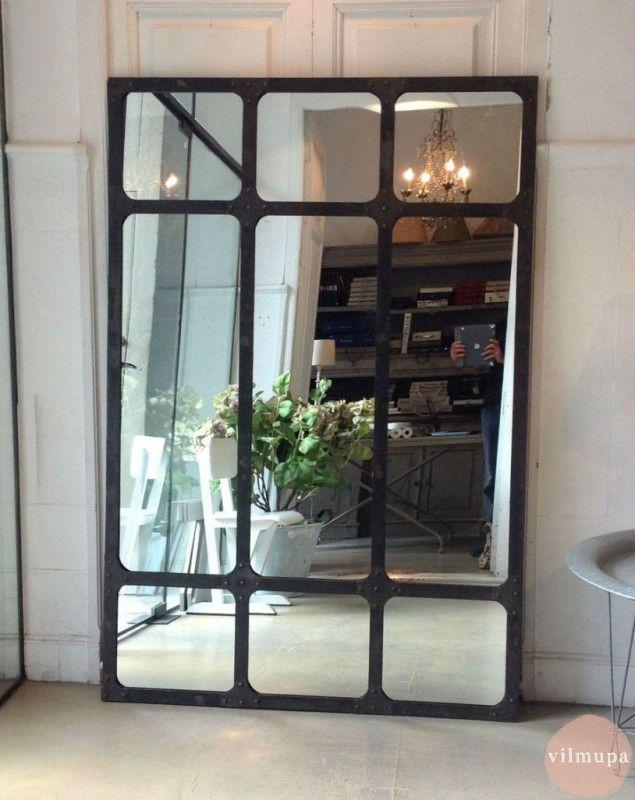 Espejo con marco met lico de estilo industrial in 2019 for Disenos de marcos para espejos grandes