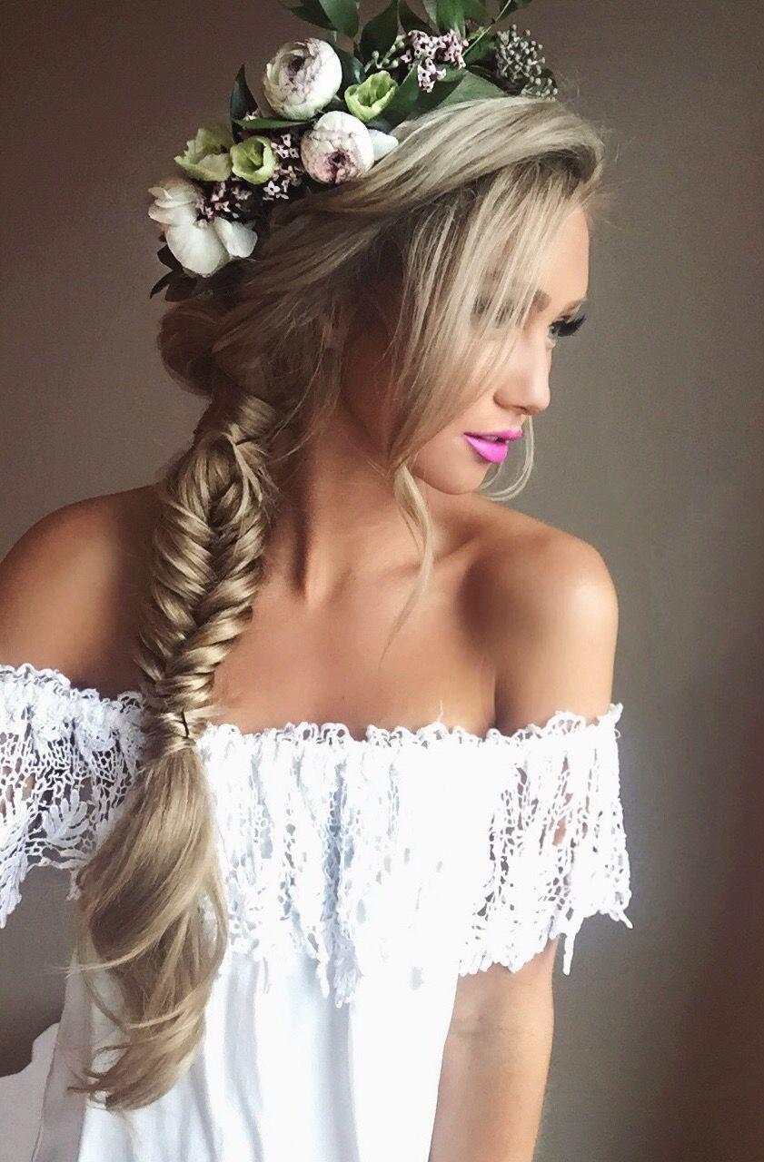 Flowers in her hair flower crowns pinterest flowers blondes flowers in her hair izmirmasajfo