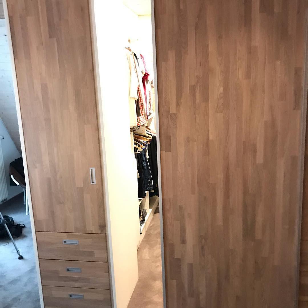 Neues Schlafzimmer mit Abtrennung für Ankleide, begehbar mit