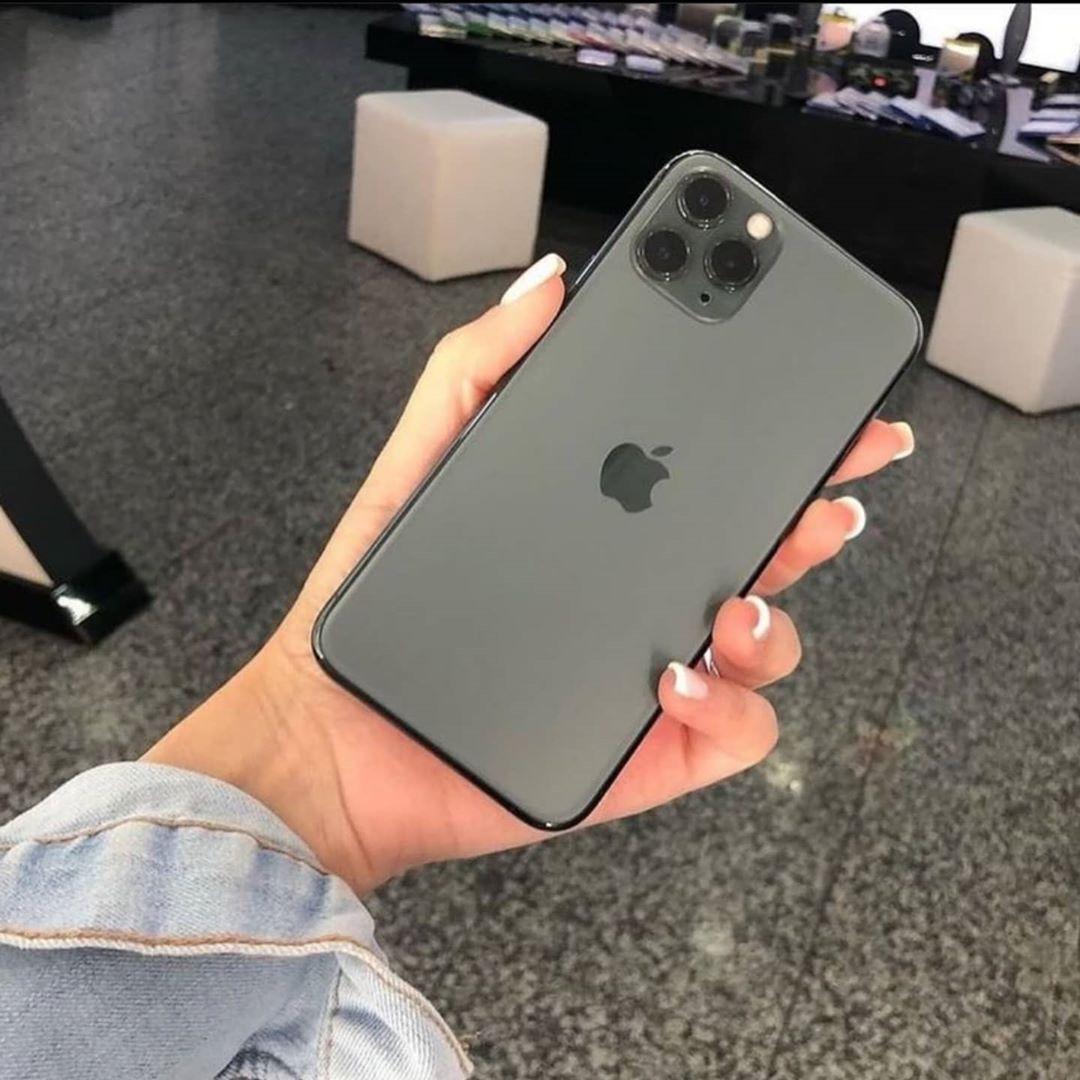 Its Friday Online Black Friday Black Friday Shopping Black Friday Stores Black Friday Sale Black Friday Gifts Blackfriday In 2020 Iphone Apple Apple Pro