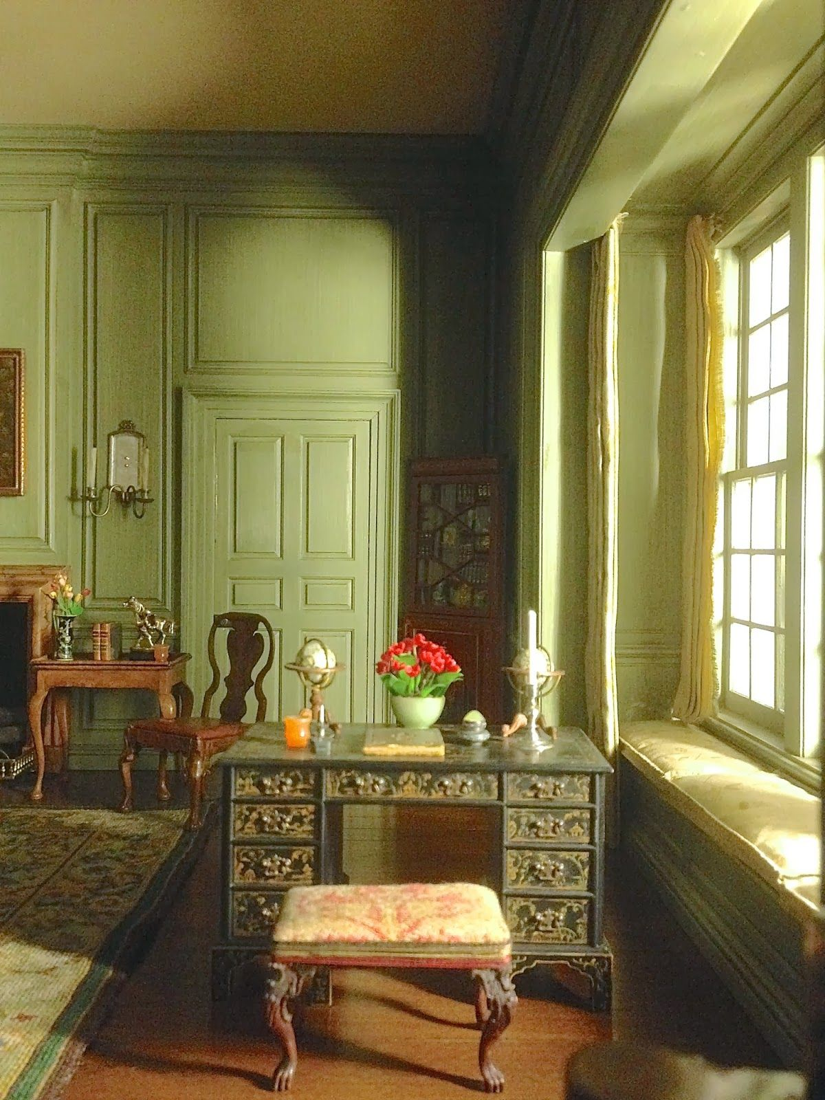Susan's Mini Homes: Thorne Miniature Rooms - Exquisite reproductions of dollhouse sized rooms. #miniaturerooms