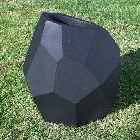 Pot de fleurs design Ego #pot #jardin #fleur #extérieur #design ...