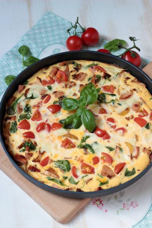 Frittata mit Pfifferlingen, Tomaten und Spinat - Sasibella