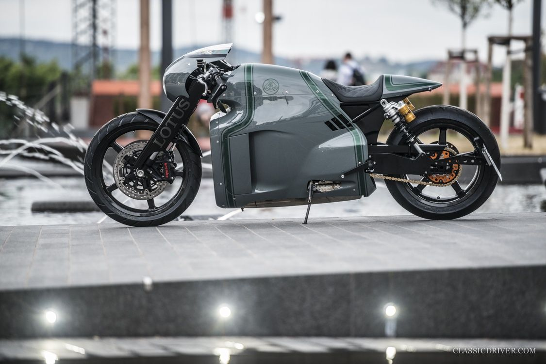 The World S Best Motorcycle Custom Built For Classic Driver