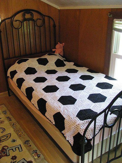 IMG_0699 by monetb56, via Flickr; based on free crochet hexagon ...