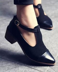 Vintage Oxford Pointed Toe Cut Out Buckle Ladies Shoes 1