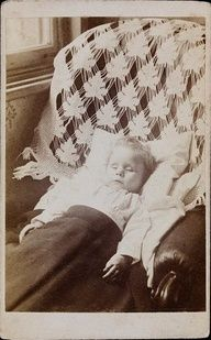 victorian death photo of baby