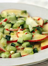 HCG Approved Recipes: Cucumber Apple Salad | Two Island Girls Weight-Loss
