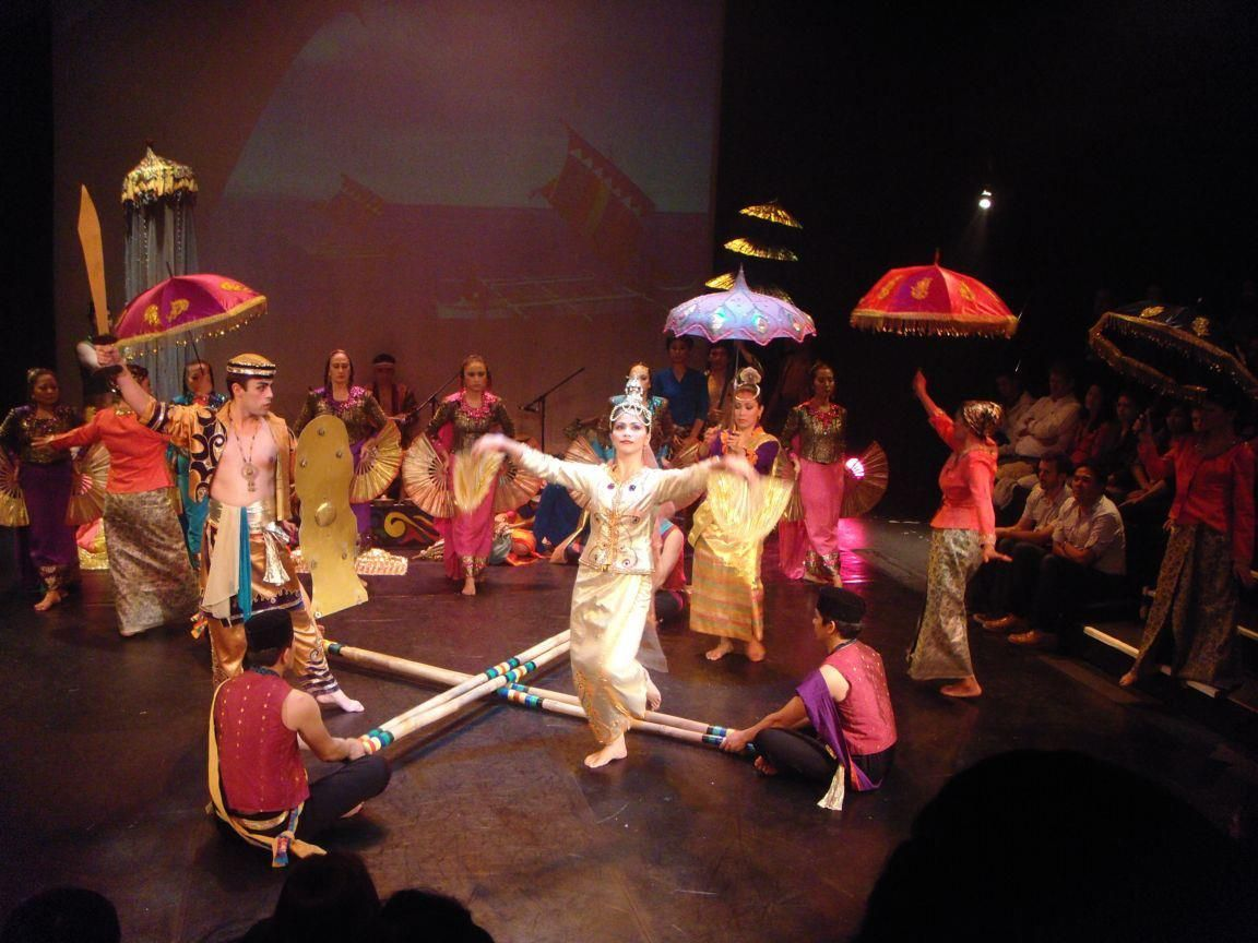 Singkil is a traditional Philippine dance from the Maranao