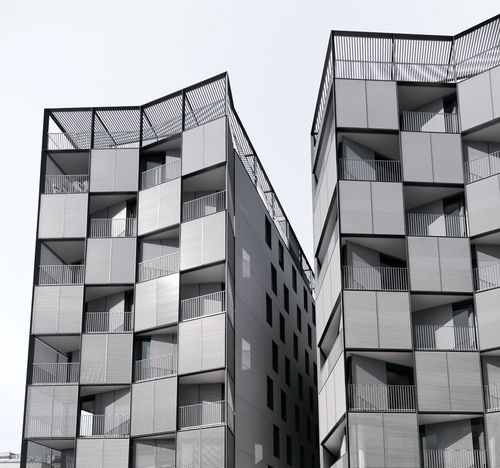 Barcelona Apartment Building: PLAZA LESSEPS - Building Of 56 Houses