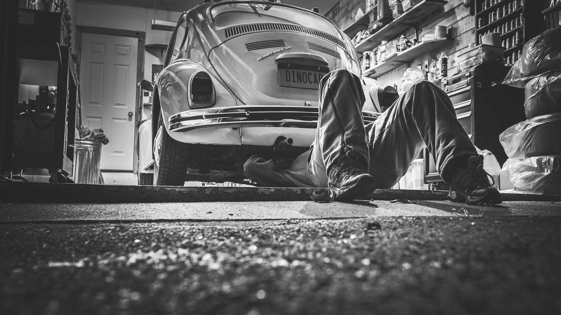 Mechanic Shop Wallpaper Google Search Auto Reparacao Manutencao Do Carro Automotivo