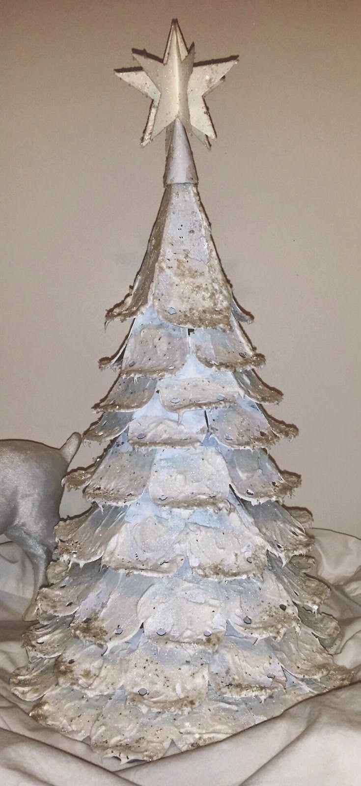 The Gentleman Crafter: Tim Holtz Petal Drop Die Wintry Wonderland Tree Done!