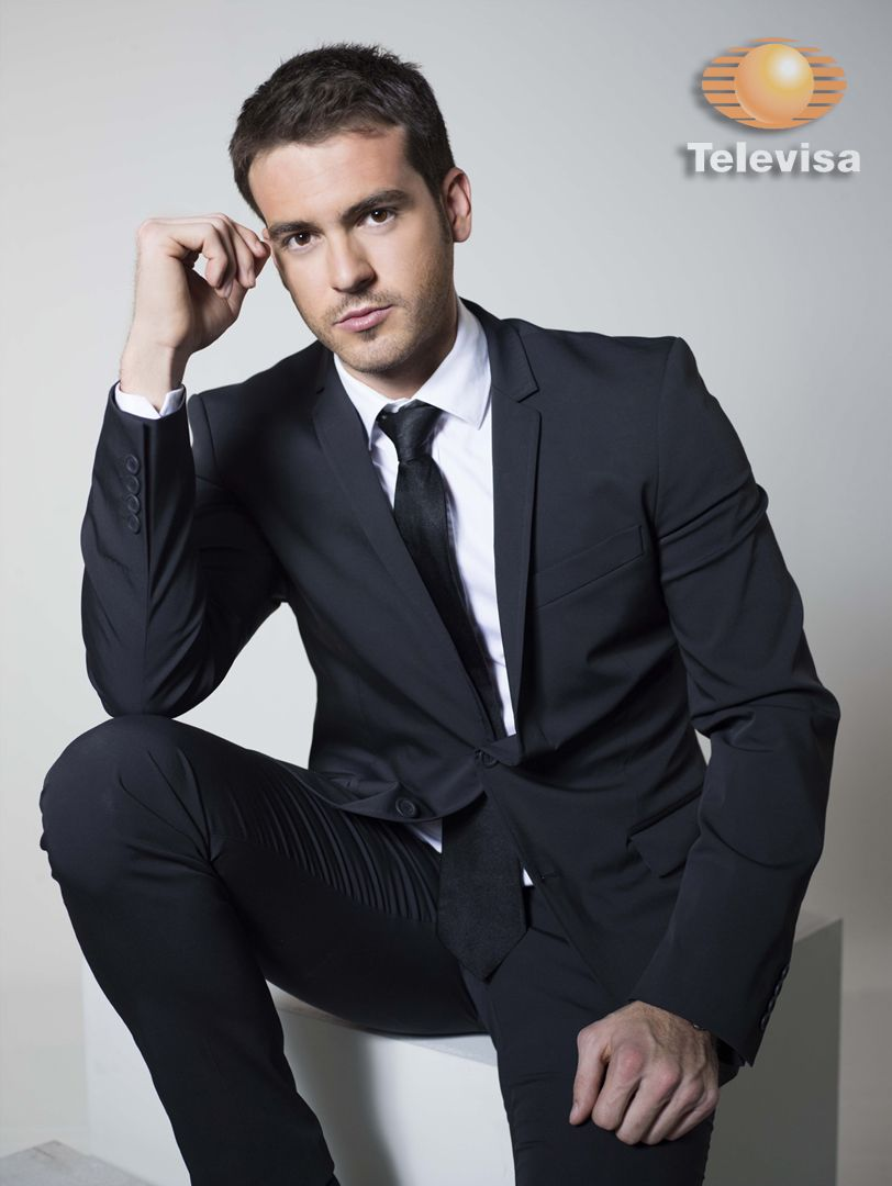 MiGalanEs Pablo Lyle #Televisa Actor egresado del Cea