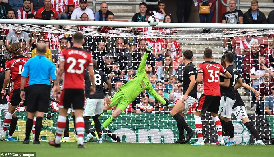 Southampton 1-1 Man Utd: Vestergaard Cancels Out James
