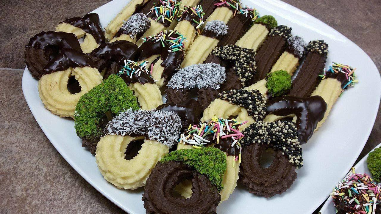 اصابع البيتفور السادة و الشكولاته طريقة عمل بيتى فور سهل وسريعة التحضير الحلقة 195 Youtube Cookie Bar Recipes Food Recipies Bars Recipes